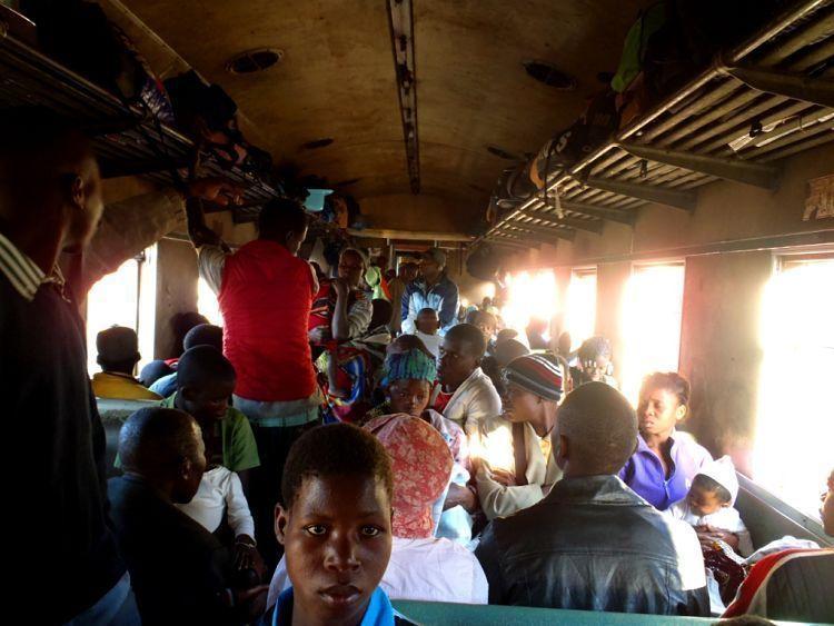 Mozambique. El tren de Cuamba a Nampula