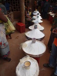 Mozambique. Harina en el mercado de Gurué