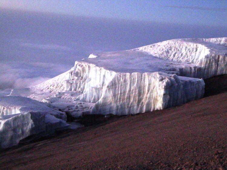 Kilimanjaro. Glaciar de la cima