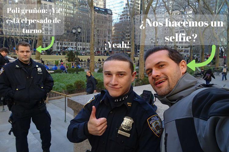 New York. Policías