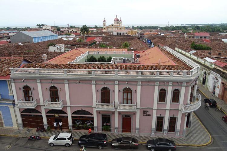 Nicaragua, Honduras y El Salvador. La catedral de Granda