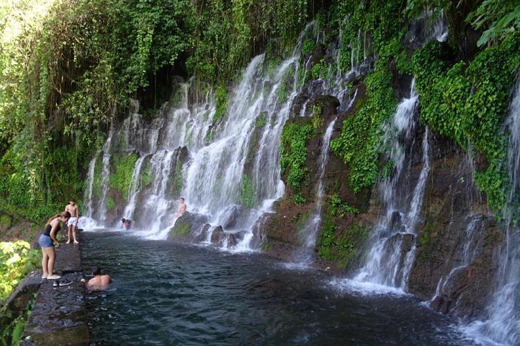 Nicaragua, Honduras y El Salvador. Los Chorros de la Calera, una bonita cascada en Juajúa (Ruta de las Flores)
