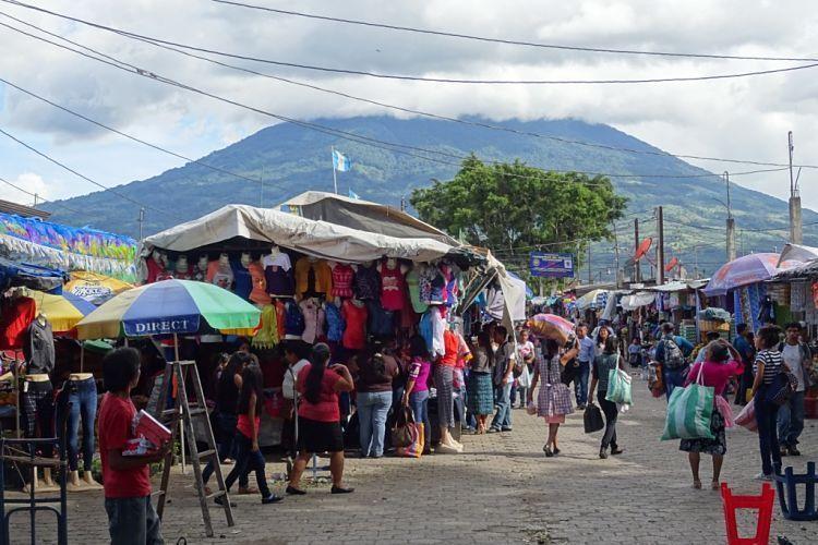 Guatemala y Belice. Por las calles de Antigua.
