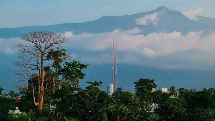 El magnifico pico Basilé, cerca de Malabo